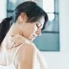 Боль под правой лопаткой - причины, лечение