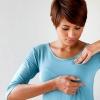 Болят грудные железы: что делать