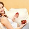 Можно ли беременным клубнику?
