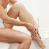 Отекает правая нога, причины и лечение