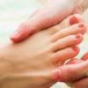 Почему немеет большой палец на ноге?