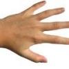 Почему немеет указательный палец правой руки?