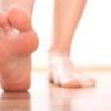 Почему немеют пальцы на левой ноге?