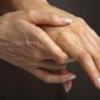 Почему немеют руки при беременности?