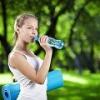 Ученые узнали, как пить воду и худеть