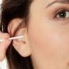 Зуд в ушах: причины, лечение